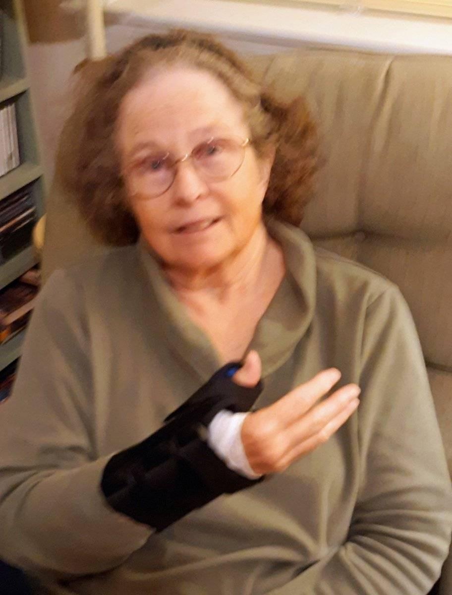 2020 Oct 20 S's huge 1-day thumb brace.jpg