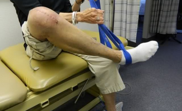Recovering Total Knee Replacement Surgery Healing Rehab